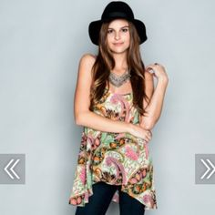 Show me your Mumu paisley tank M!! NEW! worn once. Adjustable straps. sheer and flowy!! Show Me Your MuMu Tops Tank Tops