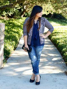 #plussizefashion #ootd #wiwt Curvy Girl Chic Plus Size Fashion Blog Printed Boyfriend Jeans