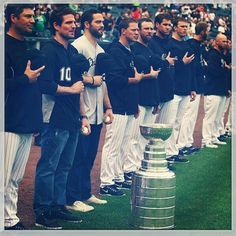 Patrick Sharp, Brandon Bollig and the Cup visit U. Cellular Field before tonight's White Sox game. Blackhawks Players, Nhl Players, Chicago Blackhawks, Patrick Sharp, Hockey Teams, Hockey Stuff, Sox Game, Nhl All Star Game, Philadelphia Flyers