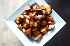 These Roasted Rosemary Sweet Potatoes make for the perfect Paleo side dish. Savory, delicious and filling; a great recipe that will satisfy many! Side Recipes, Paleo Recipes, Real Food Recipes, Cooking Recipes, Paleo Side Dishes, Veggie Side Dishes, Clean Eating, Healthy Eating, Roasted Sweet Potatoes