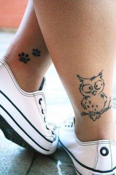 Simple Owl Tattoo auf der Rückseite der Leg