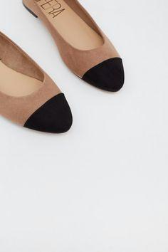 Heeled Mules, Flats, Heels, Fashion, Loafers & Slip Ons, Heel, Moda, Fashion Styles, High Heel