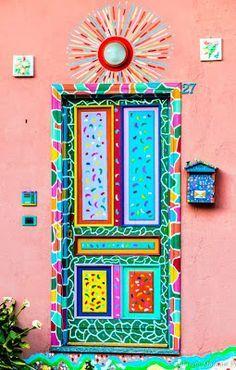 Colourful Door In Piedmont Italy Beautiful Decos Cool Doors, Unique Doors, Door Knockers, Door Knobs, Painted Doors, Doorway, Windows And Doors, Gate, Graffiti