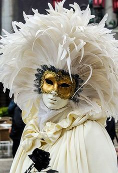 ♔ Venice carnival.      For more great pins go to @KaseyBelleFox