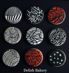 Twenty-One Pilots' Blurryface cover made with cookies Twenty One Pilots Cake, Twenty One Piolts, 16 Birthday Cake, Birthday Stuff, Birth Celebration, Just Desserts, Sweet 16, Eat Cake, The Twenties