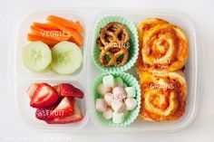 simple as that: Pizza Buns #recipe packed in #EasyLunchboxes for lunch!