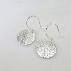 These lightweight sterling silver circle earrings are a great pair of grab and go accessories. Casual and comfy they Simple Earrings, Round Earrings, Silver Earrings, Drop Earrings, Earrings Handmade, Handmade Jewelry, Minimalist Earrings, Earring Backs, Bridal Earrings