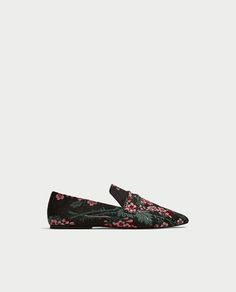 Image 2 of FLORAL PRINT LOAFERS from Zara