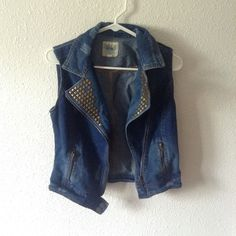 """Jean Jacket with Studs A stylish jean jacket with studs to add that """"pop"""". This will look great over a body knit dress or a casual dress. It's only been worn two times before so it's in great condition! Purchased at Ragstock not actually CR Charlotte Russe Jackets & Coats Jean Jackets"""