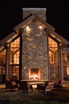 Boss Agnew Architects - Sun Valley, Idaho - Sun Valley Mountain Elegance..cozy sitting area.
