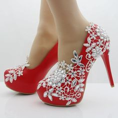 Buy Women Sweet Pearl Flower Lace Platform High-heeled Shoes Wedding Shoes Bride Dress Shoes Single Shoes at Wish - Shopping Made Fun Bling Shoes, Fancy Shoes, Unique Shoes, Crazy Shoes, Pretty Shoes, Red Shoes, Me Too Shoes, Wedding Pumps, Wedding Shoes Bride