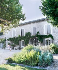 French provencal farmhouse; Country Style mag