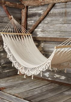 Unwind Outdoors Hammock. Ditch the couch for a curling up experience that involves fresh air and a free spirit! #white #modcloth