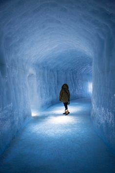 Incredible Iceland winter photos from Mamie Boude  #thanksforsharing http://mamieboude.com/category/city-guide/  #icelandtravel