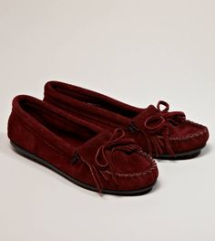 Minnetonka Kilty Suede Moccasin-maroon. I will be buying these soon!