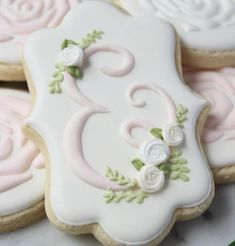 ideas for cupcakes decoration vintage decorated cookies Fancy Cookies, Iced Cookies, Cupcake Cookies, Sugar Cookies, Thank You Cookies, Vintage Cookies, Baptism Cookies, Birthday Cookies, Birthday Cupcakes