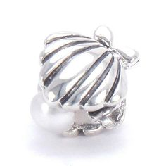 Bella Fascini Oyster Shell w/ Fresh Water Pearl - Solid 925 Sterling Silver European Charm Bracelet Bead - Compatible Brands: Authentic Pandora, Chamilia, Moress, Troll, Ohm, Zable, Biagi, Kay's Charmed Memories, Kohl's, Persona & more! Bella Fascini Beads http://smile.amazon.com/dp/B009SXTF0G/ref=cm_sw_r_pi_dp_Xv4Gub1TH50KR
