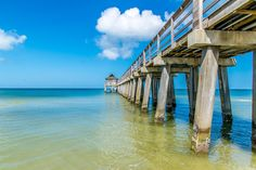 The historic Naples Pier jutting out into the deep blue ocean. || #AlexTonettiPhotography #Photography