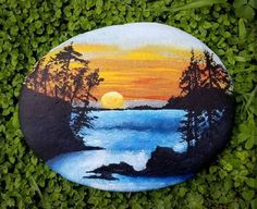 Rock Painting Patterns, Rock Painting Ideas Easy, Rock Painting Designs, Pebble Painting, Pebble Art, Stone Painting, Stone Crafts, Rock Crafts, Bois Intarsia
