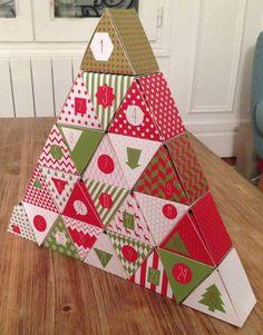 Calendrier de l'avent ! Diy Christmas Village, 3d Christmas, Beautiful Christmas, Christmas Decorations, Xmas, Advent Calenders, Diy Advent Calendar, Cardboard Crafts, Paper Crafts