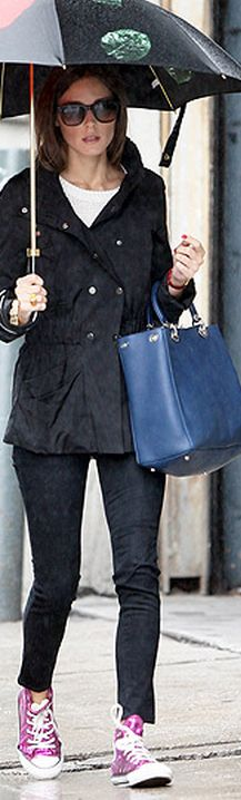 Who made Olivia Palermo's pink sneakers, black sunglasses, and blue tote handbag?