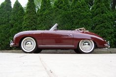 Purple Porsche 356 with white wall tyres Cayman Porsche, Porsche Macan, Porsche 356 Speedster, Classic Sports Cars, British Sports Cars, Classic Cars, Vintage Porsche, Vintage Cars, Porsche Carrera