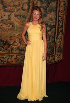 Outlet Vogue Dresses Black Blake Lively Mellow Yellow Custom Prom Dress The Black-tie Gala Dinner Prom Dresses For Cheap, Custom Made Prom Dresses, Prom Dresses Yellow, Prom Dresses Black Prom Dresses 2019 Long Prom Gowns, Black Prom Dresses, Cheap Prom Dresses, Red Carpet Dresses, Formal Dresses, Dress Prom, Bridesmaid Dress, Pretty Dresses, Homecoming Dresses