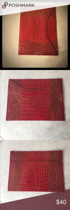 Elaine Turner Red Leather Clutch Bag Beautiful red clutch bag in a crocodile print. It has one large slit pocket on the front and a smaller slit pocket on the back. Elaine Turner Bags Clutches & Wristlets