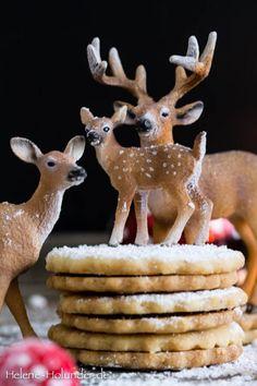 Omas Spitzbuben-Rehfamilie-Weihnachten