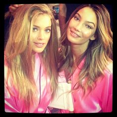 Doutzen Kroes -Backstage with the beautiful @officiallilyaldridge ;)) #VSFashionShow