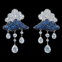 Jewellery Theatre CLOUDS EARRINGS 18K white gold 82 diamonds 1,62-1,65 ct 98 blue sapphires 0,68-0,71 ct