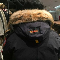 Parajumpers On Sale, Parajumpers Winter Jacket. Free Shipping. factory outlet and fast shipping