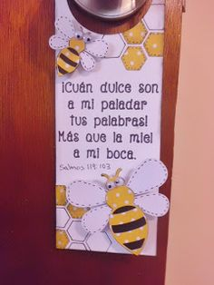 Annette Arte y Scrap: Adrono para la puerta- ''Door Hanger'' Bible Story Crafts, Bible School Crafts, Bible Crafts For Kids, Bible Lessons For Kids, Vbs Crafts, Church Crafts, Art For Kids, Pioneer School Gifts Jw, Diy Projects To Try