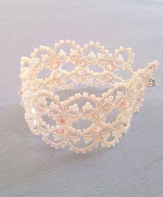 Elizabeth. Vintage ivory tatted lace bracelet on Etsy, £50.00