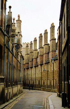 'The Chimneys down Trinity Lane' by artfulvistas England Ireland, England And Scotland, England Uk, Cambridge Architecture, English Architecture, Beautiful Places To Visit, Places To See, Cambridge England, Wanderlust