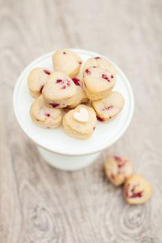 Fresh Raspberry Muffins :: Valentine's Day Breakfast Recipes