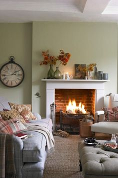 Small Living Room with Fireplace Ideas. 20 Small Living Room with Fireplace Ideas. Big Decorating Ideas for Small Living Rooms with Images Country Cottage Living Room, Fall Living Room, Living Room Paint, Cozy Living Rooms, Living Room Decor, Swedish Cottage, Red Cottage, Cottage Style, Salons Cottage