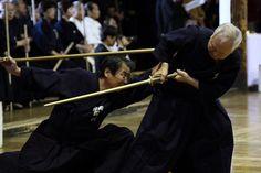 Shinto Muso-ryu Jodo / 神道夢想流杖道 by oroshi, via Flickr