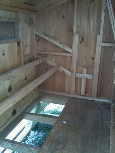 Great idea for a chicken rost: http://diyprojects.ideas2live4.com/wp-content/uploads/sites/5/2016/03/Chicken-Roost-04.jpg