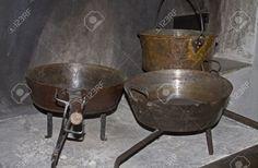 11477308-old-cooking-utensils-Stock-Photo.jpg (1300×852)