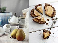 Tarte cu pere și cremă de vanilie/Pear and Vanilla Custard  Tartelettes