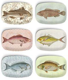 Fisch III: Listing ist für ein 10-Zoll-Melamin Teller auf Bestellung gefertigt und für eine gute Zeit (erstes Bild). Bitte beachten Sie, dass diese und viele meiner Entwürfe einen wunderschön gealterten, Vintage Style Hintergrund verfügen. Passende Platten und/oder Platten sind separat aufgeführt. Originelle und einzigartige, erlesener Kunst, die man auch aus Essen können. Melamin Teller auch markante Wand oder Regal Kunst machen und sind von höchster Qualität. Platten haben süß und or...