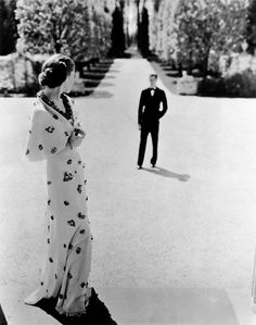 Evening wear by Carnegie, photographed by George Hoyningen-Huene, 1935.