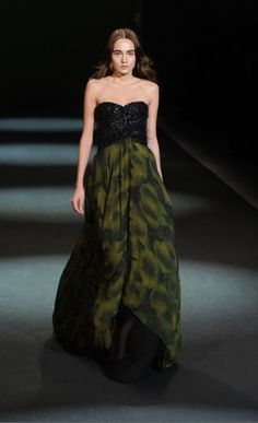 Christian Siriano= Ridiculous/Amazing/Over the Top/Perfection.