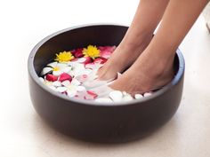 9 Tips for Happy & Healthy Feet