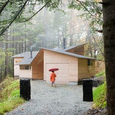 Inbetween House by Koji Tsutsui Architect & Associates ... People, this is why I love Japan. So awesome.