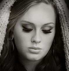 Adele smokey eye makeup