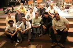 """A Big Band """"Grupo Comboio"""" faz show no dia 25 de abril, às 11h, no Museu da Casa Brasileira. A entrada é Catraca Livre. Com experimentações em uma zona fronteiriça entre o jazz e o popular brasileiro, o grupo """"Comboio"""", que faz parte do Movimento Elefantes, apresenta músicas autorais de alguns de seus 12 integrantes...<br /><a class=""""more-link"""" href=""""https://catracalivre.com.br/geral/agenda/barato/grupo-comboio-experimenta-com-jazz-abrasileirado/"""">Continue lendo »</a>"""