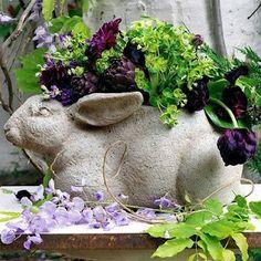 (via Printemps Pâques Easter Spring). I like this bunny planter. Pot Jardin, Cabbage Roses, Deco Floral, Rose Cottage, Yard Art, Garden Inspiration, Garden Ideas, Container Gardening, Flower Pots