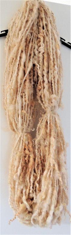 Lock spun art yarn skein 'Vanilla Cream' by woolhousecasalana on Etsy
